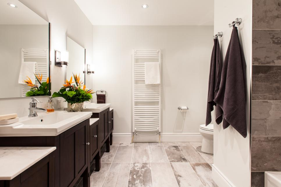 bp_hlili1005h_beauty bath_452007 1024939jpgrendhgtvcom966644. beautiful ideas. Home Design Ideas