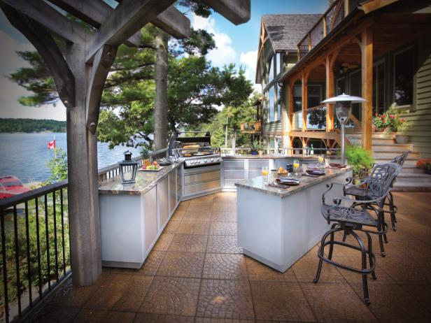 CI-Napolean_outdoor-grills_s4x3.jpg.rend.hgtvcom.616.462