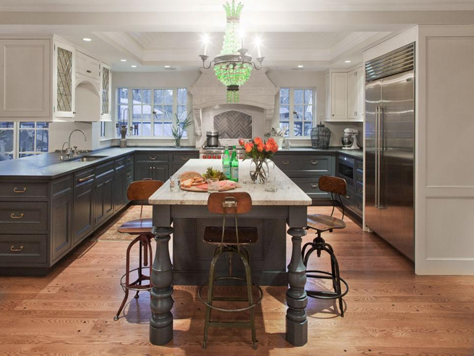 Kate-Maloney-Albiani_Wellesley-Kitchen_1.jpg.rend.hgtvcom.966.725