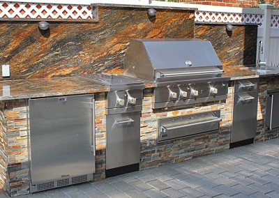 Viking-Outdoor-Kitchen-1